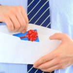 7 кредитных карт с доставкой по почте: обзор и сравнение